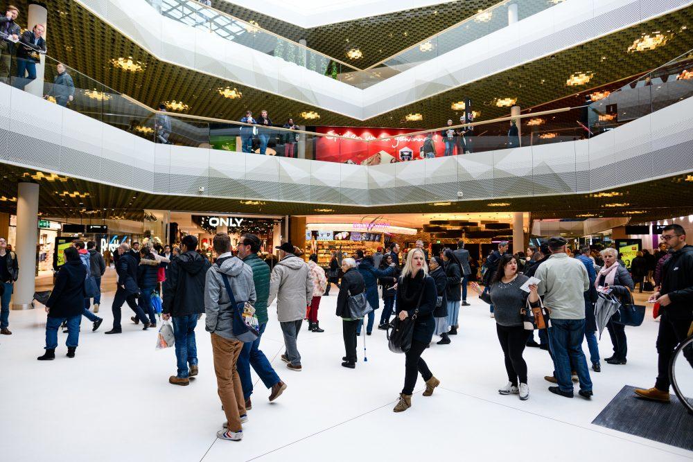 Impressionen von der Eroeffnung der Mall Of Switzerland, fotografiert am Mittwoch, 8. November 2017 in Ebikon. (PPR/Manuel Lopez).